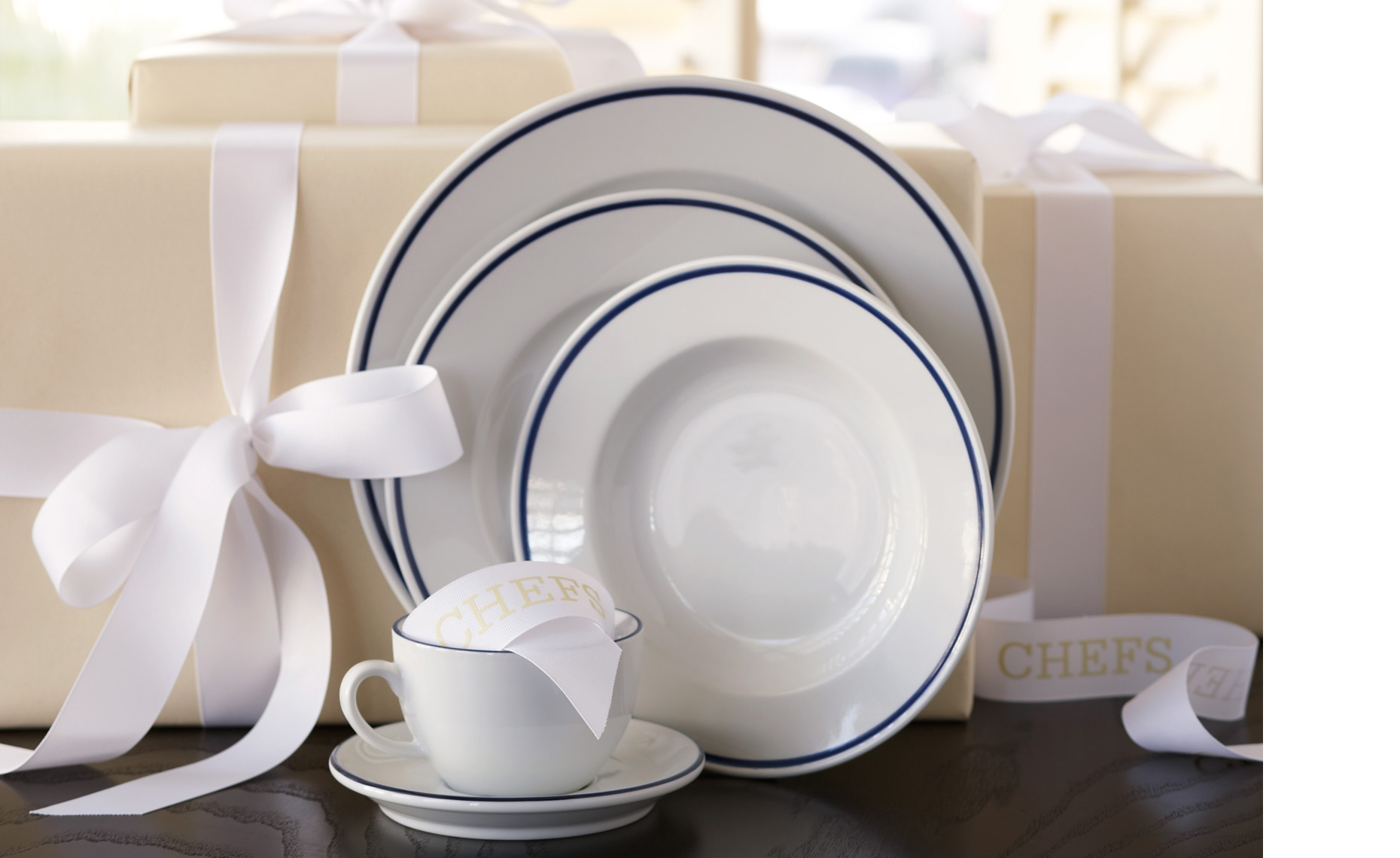 14-06_Nordeck_Wedding-Dinnerware